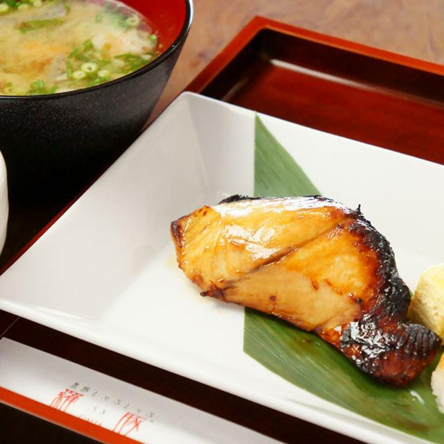 焼魚御膳+ビュッフェ